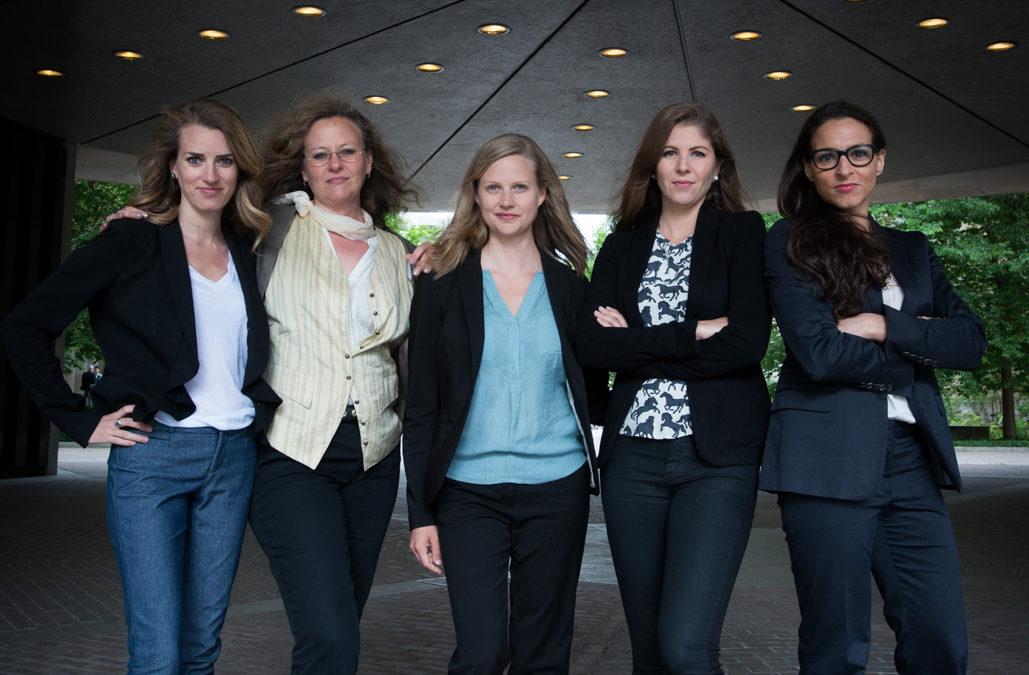5 Lawyers